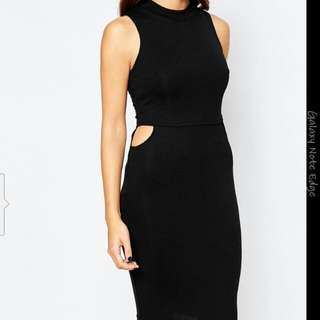 AX Paris Midi Dress With Small Cut-out Size 12
