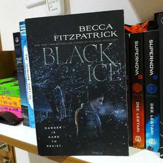 Black Ice by. Becca Fitzpatrick