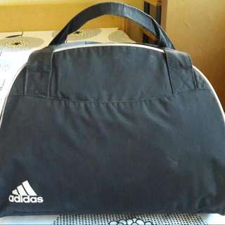 Authentic large Adidas travel/gym bag