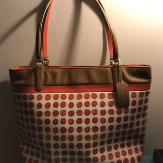 *reduced* Coach Leather Tote Bag