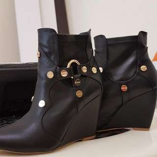 Nose Ankle Boots #sempenaraya