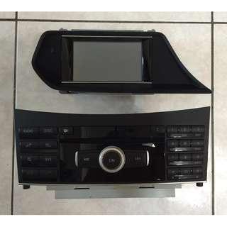 E250賓士原廠CD音響螢幕