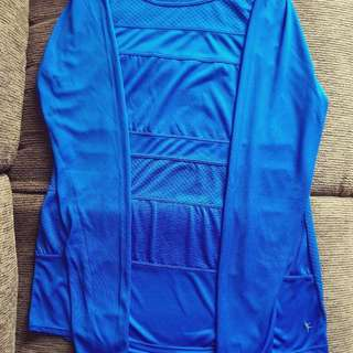 Danskin Performance Drimore Long Sleeve Tee - electric blue - US size M