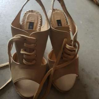 Size 6 Wedges Tan Shoes.