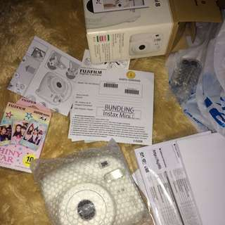 INSTAX MINI 8 WHITE NEW