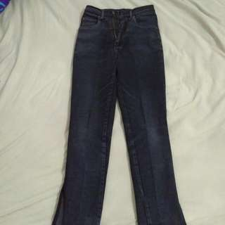 Original Jeans Mobile Wear