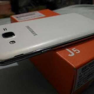 Samsung j5 空機 全新僅試機 贈果凍套及螢幕貼