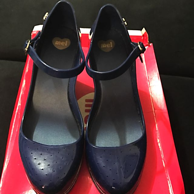 "5"" Mel Gel Closed Shoes (blue) With Platform Heels"