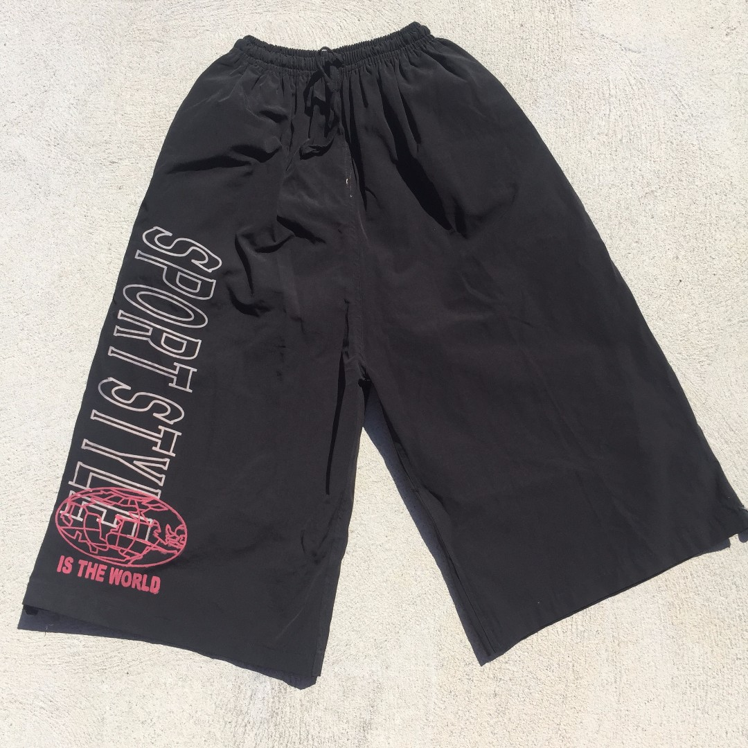 90S DEADSTOCK 3/4 SHORTS
