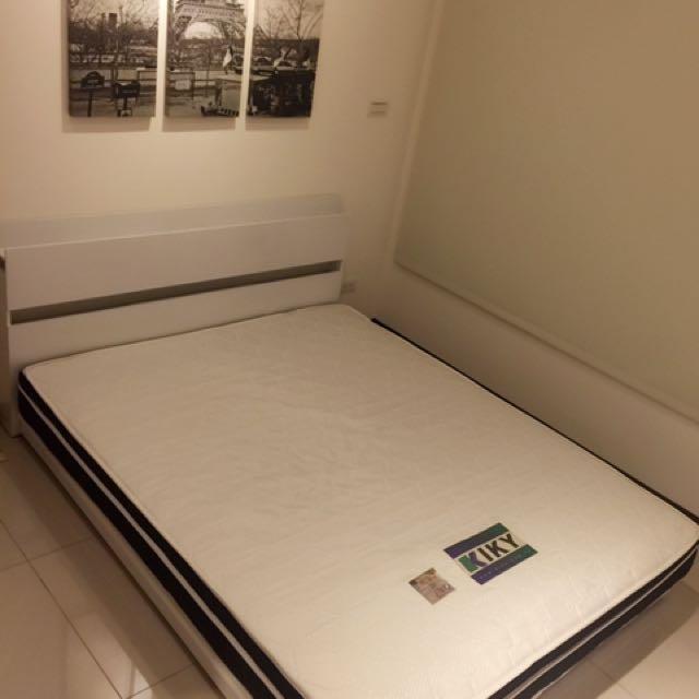 獨立筒床墊含床架
