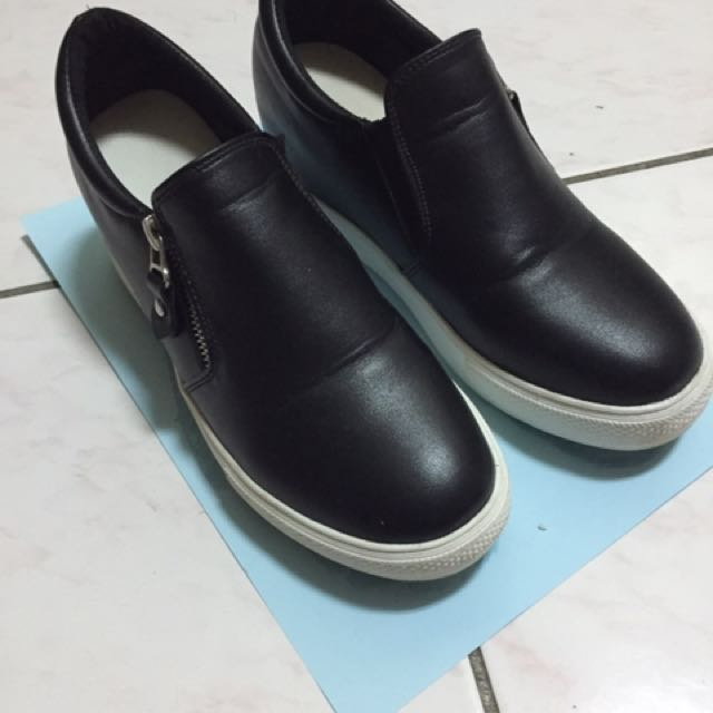 降價求售))內增高鞋