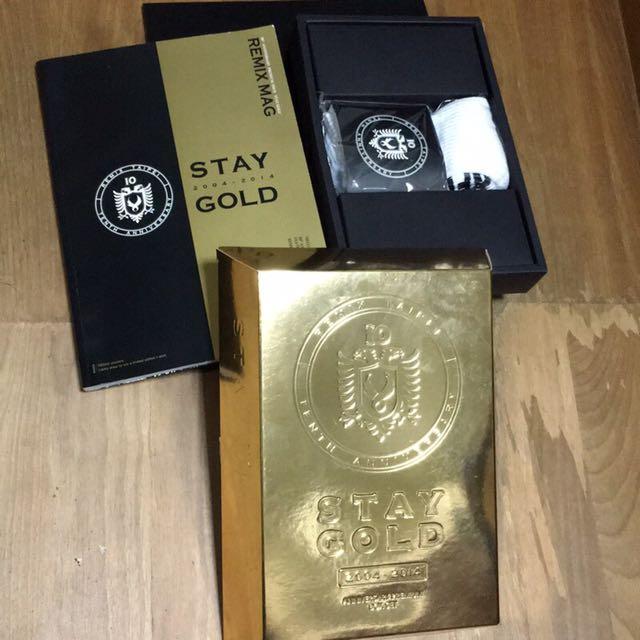 十周年光輝紀念 Remix 10th Stay Gold 九款經典形象 logo 貼紙 + 雜誌寫真書
