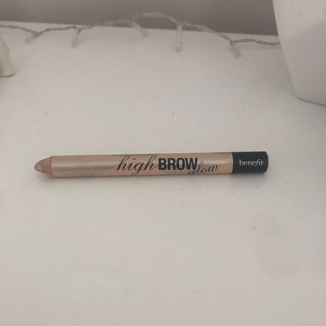 Benefit Highbrow Glow
