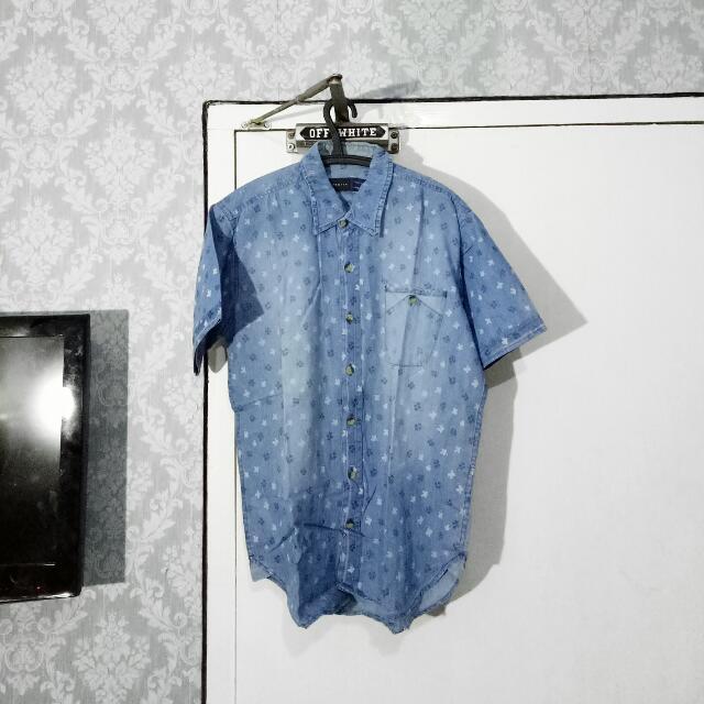 BESTEN Light Blue Pattern Shirt