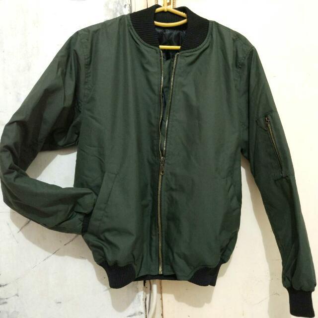 Bomber Jacket/Jaket Bomber