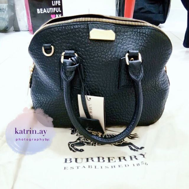 e536d8978266 Burberry Heritage Orchard Bowling Leather Tote Satchel Shoulder ...