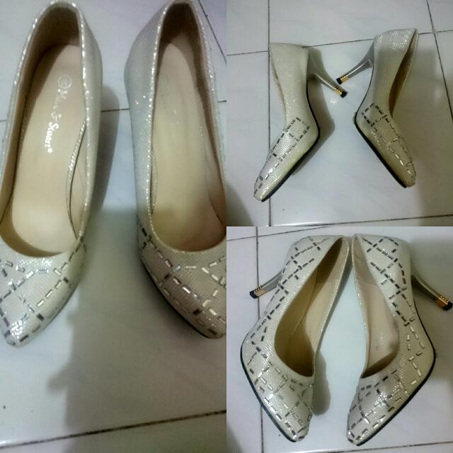 heels uk 40