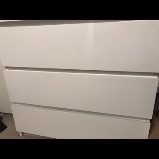 IKEA MALM White Dresser