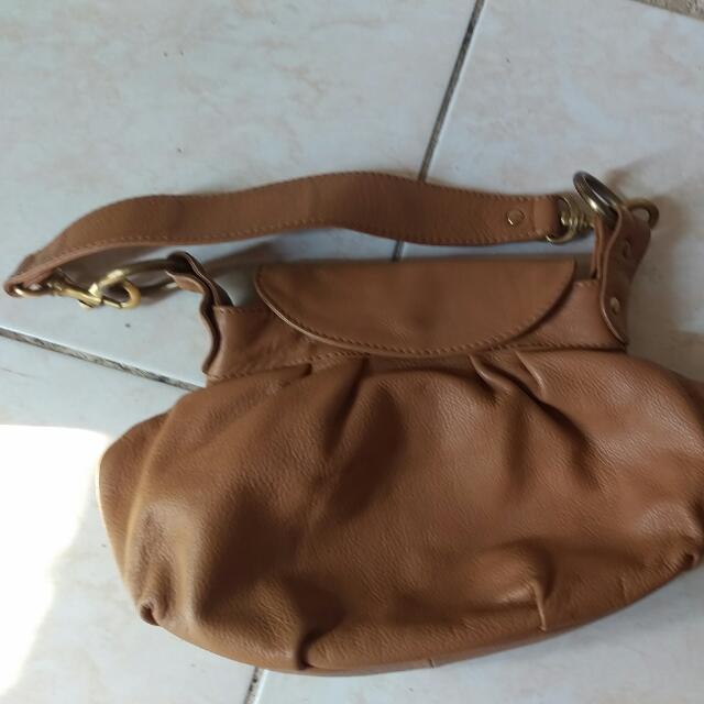 Leonie Saliba Hand Bag