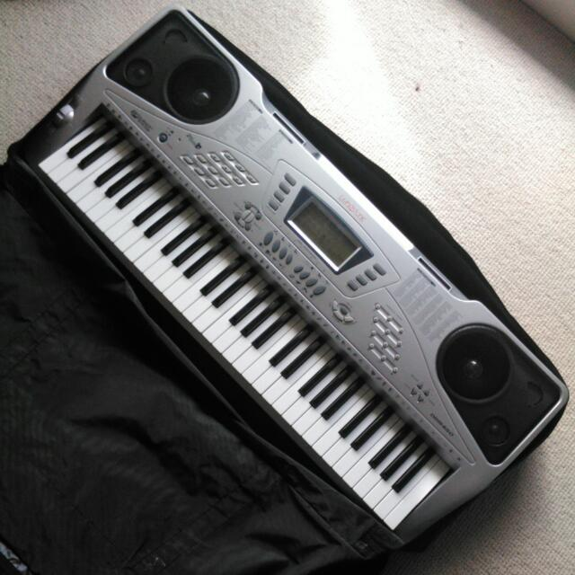 Livingstone Keyboard w Travel Bag
