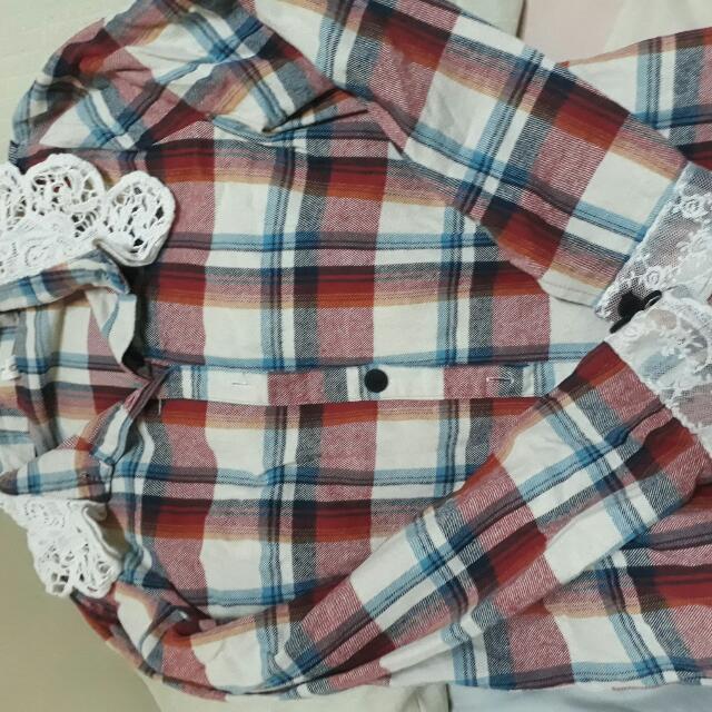 Long Sleeves - Checkered