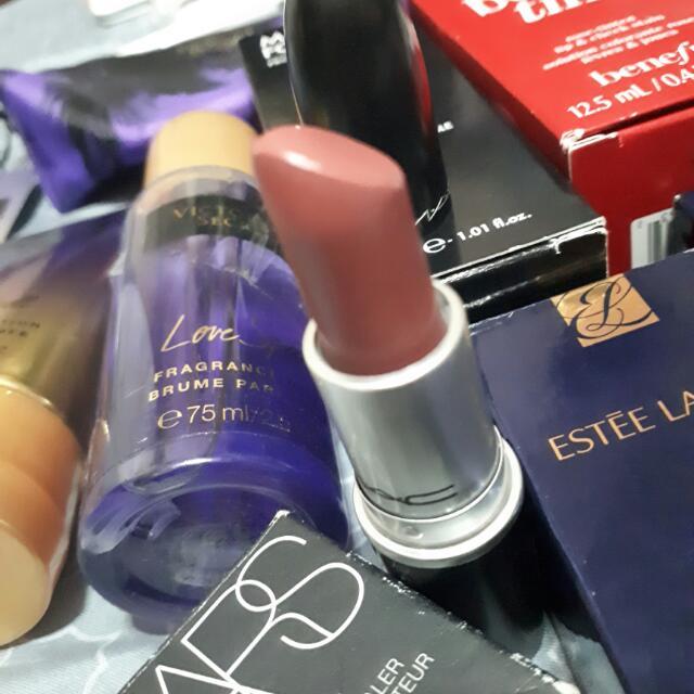 MAC Satin Lipstick In Twig