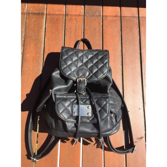 Preloved cute backpack
