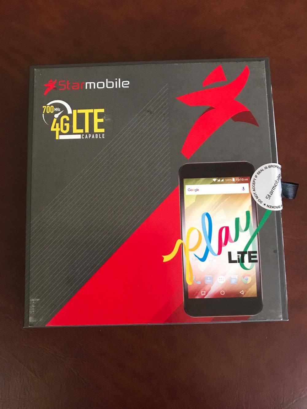 Starmobile Play LiTE mobile phone