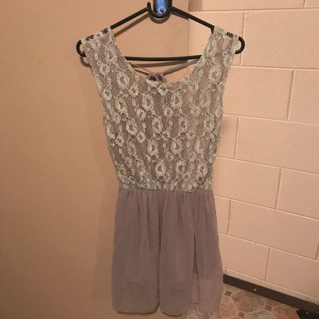 Taupe Lilac White Lace Girly Dress, Size 6