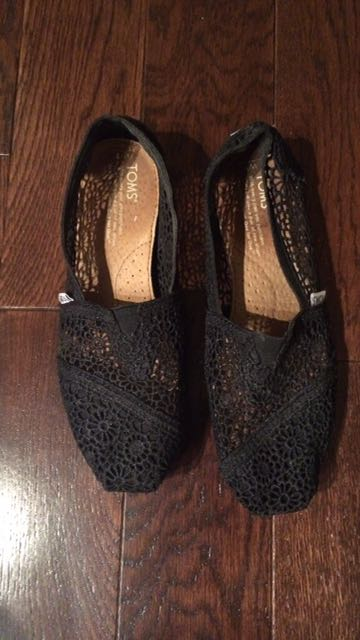 Toms Lace Size 7 Shoes
