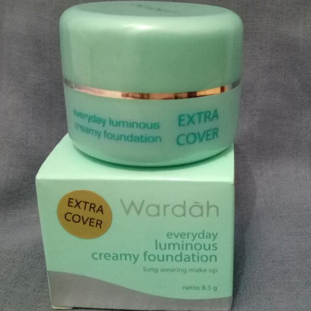 Wardah Everyday Luminous Creamy Foundation 02 Light Beige