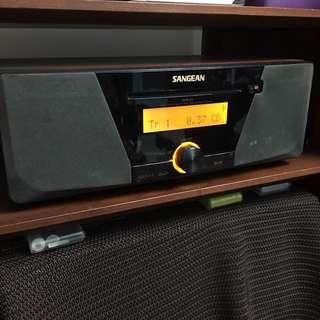 原買價16000元SANGEAN床頭音響(內建CD.收音機.可讀SD卡.隨身碟)