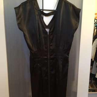 Shanton Size 8 - Zip Front Dress