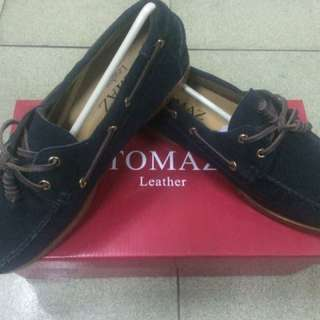 Tomaz Leather