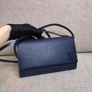 The top Quality Louis Vuitton bag