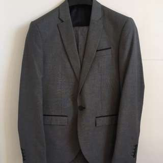 Yd Grey Suit *worn once*