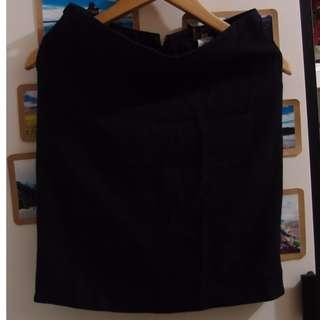 黑色西裝裙