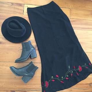 Beautiful Vintage Embroided Skirt