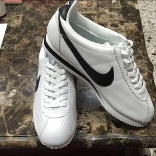 Nike阿甘