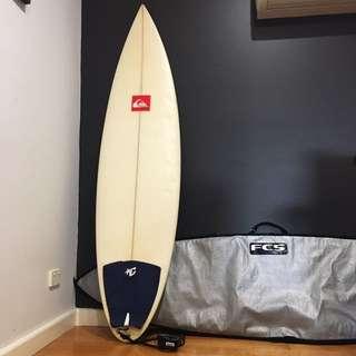 6'3 Quiksilver Surfboard + Fins + Straps + Bag