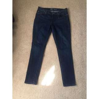 Levis Dark Blue Skinny Jeans