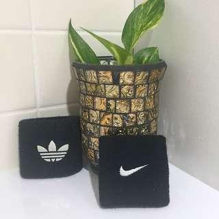 ⬇️Nike & Adidas Wristbands