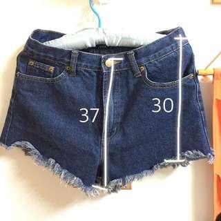 8成新 pazzo深藍色抽鬚牛仔短褲