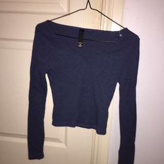 BLUE LONG SLEEVE CROP TOP