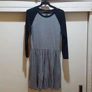 Forever 21 Gray/Black Raglan Dress