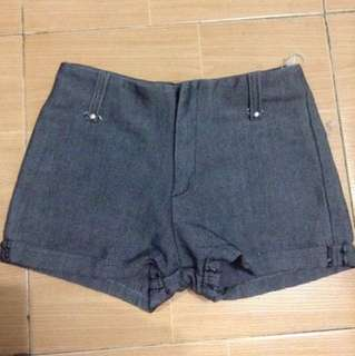 Midwaist Shorts