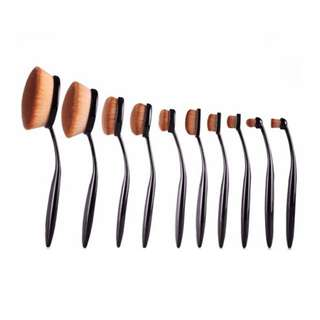 Oval Rose gold brush set