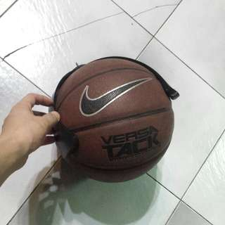Nike Versa Tack Indoor/outdoor Basketball