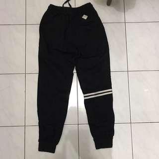 Jogger Erigo (black) Size S
