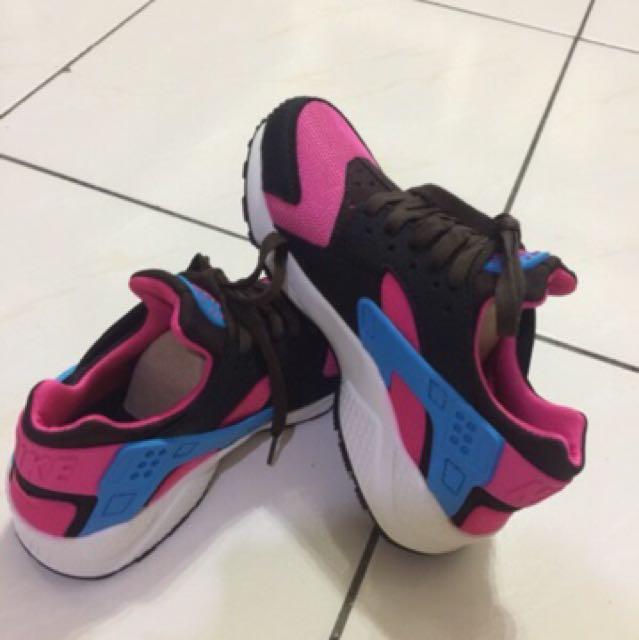 休閒鞋,運動鞋(23.5)偏小